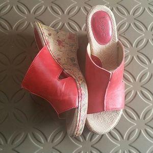Born Concept Sandals